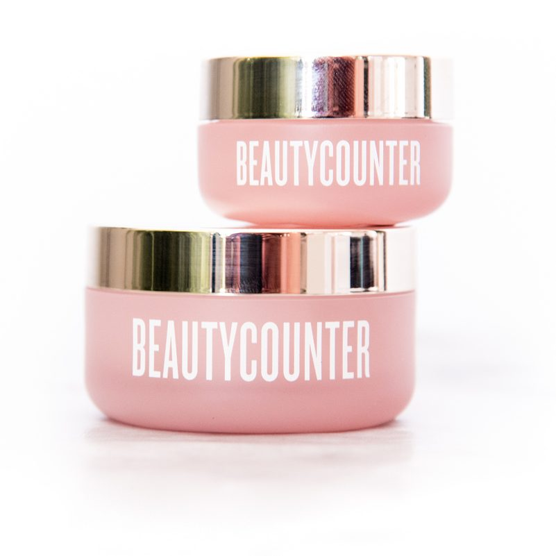 Beautycounter has a new line of non-toxic products:  Countertime Anti Aging Products!  Staying young (or looking younger) no longer means extra toxins!